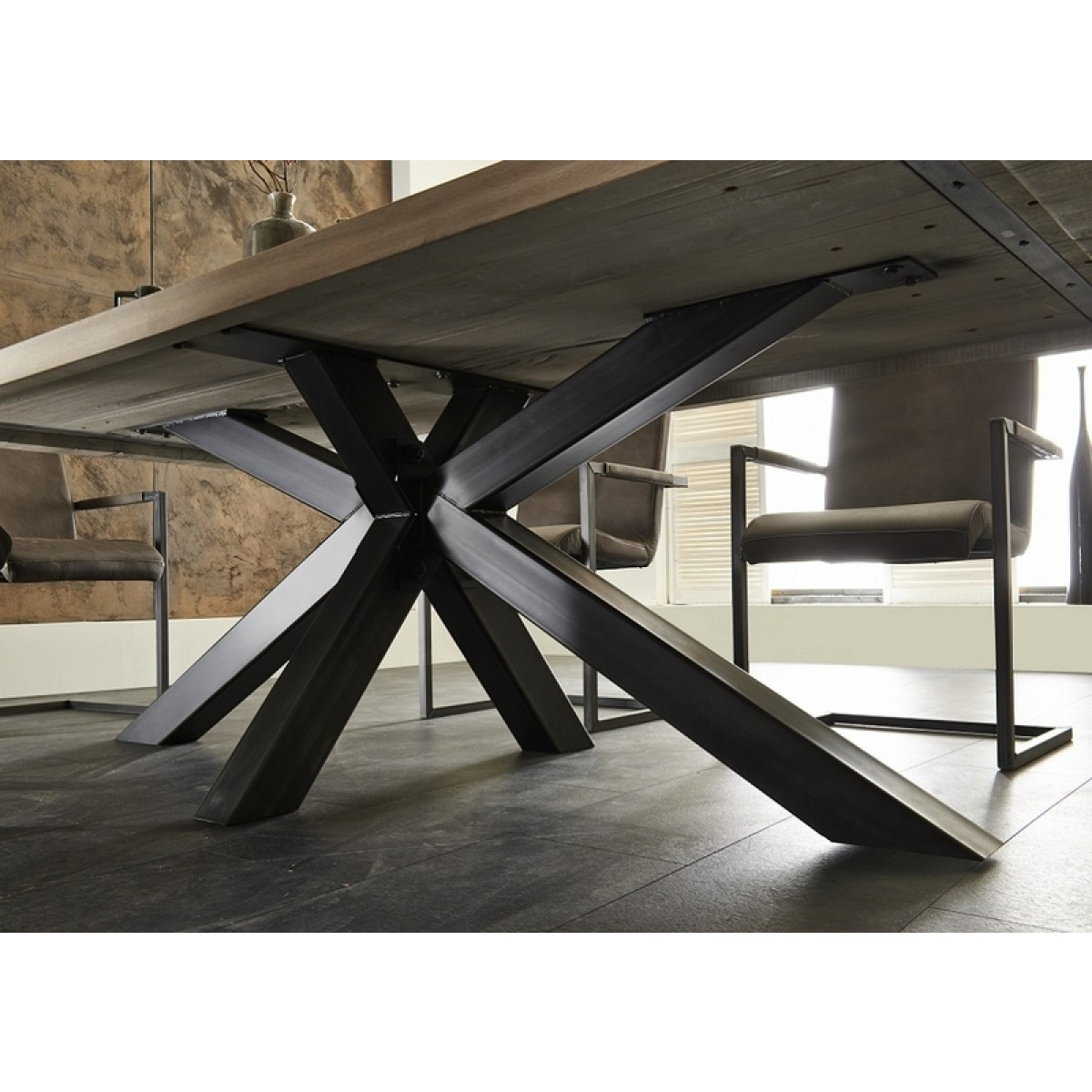 esstisch eiche tischplatte tisch massiv eiche industriedesign gestell aus metall ma e 240 x 100 cm. Black Bedroom Furniture Sets. Home Design Ideas