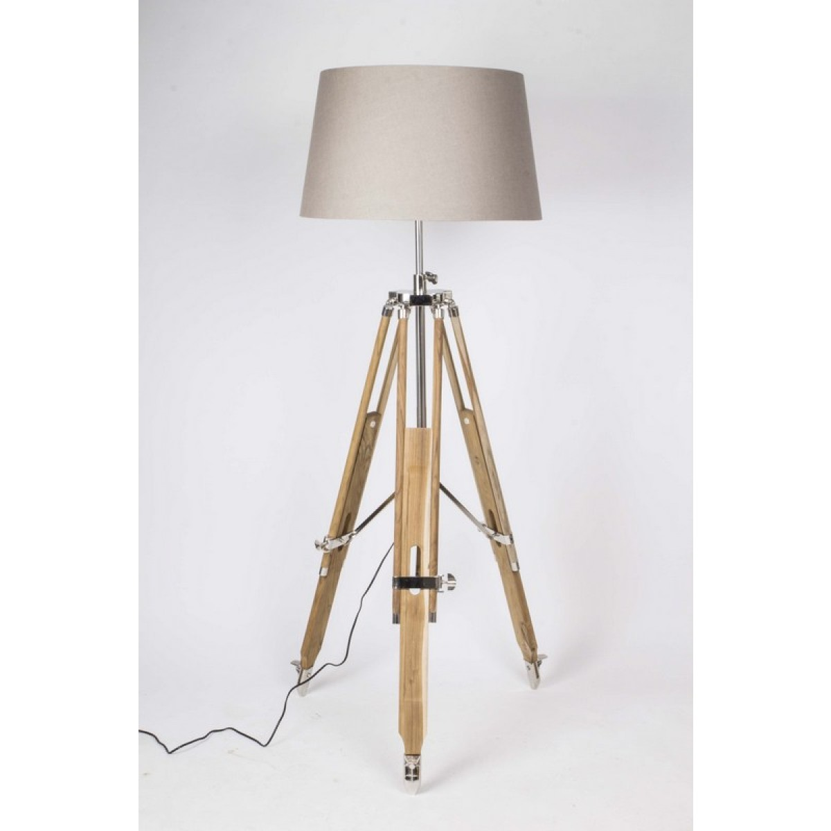 Wundervoll Dreibein Stehlampe Foto Von Mehr Ansichten