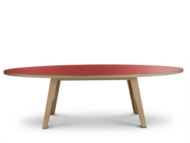 Ovaler design Tisch, Farbe rot