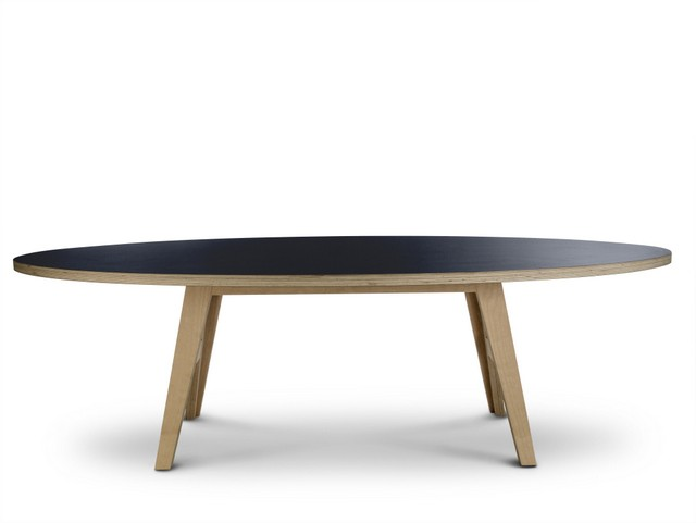 Ovaler design Tisch, Farbe schwarz