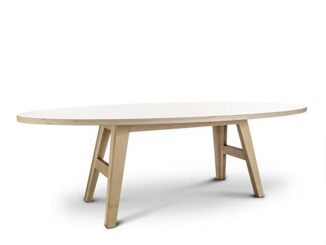 ovaler design tisch 200 cm. Black Bedroom Furniture Sets. Home Design Ideas