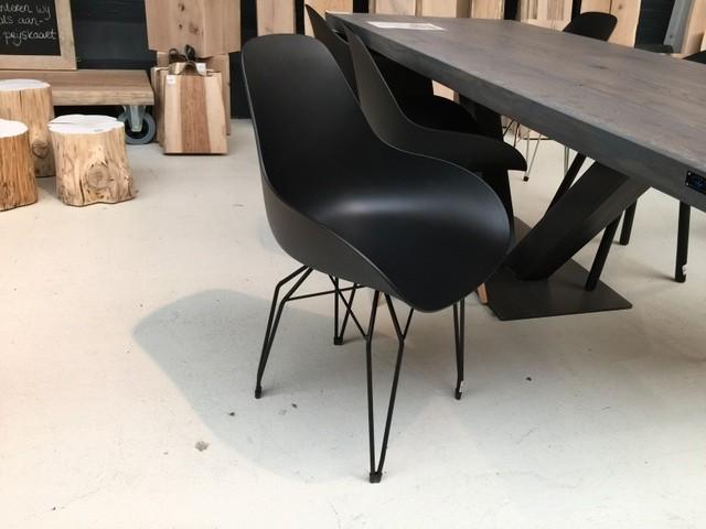 Design Stuhl schwarz, verchromtes Gestell,  Stuhl schwarz