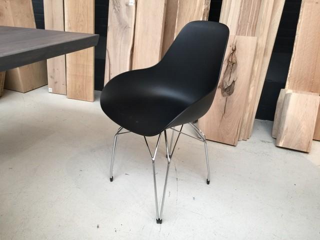 Design Stuhl schwarz-chrome, verchromtes Gestell,  Stuhl schwarz