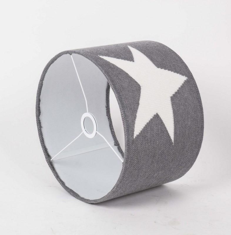 Lampenschirm aus Strickstoff, Farbe Grau-Weiß, Durchmesser 30 cm