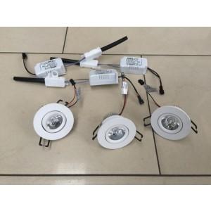 LED Strahler, 3er Set, LED Deckenleuchte weiß, LED Einbauleuchte weiß, Durchmesser 7 cm